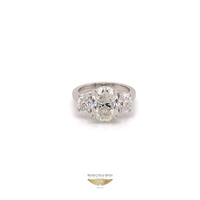 Oval Brilliant 3.57ct G VS2 Diamond Trinity Ring GIA 1PA7QT - Beverly Hills Watch and Jewelry Company