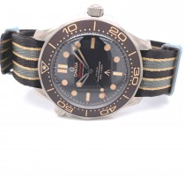 Omega Seamaster Diver 007 Chronometer Brown Dial 210.92.42.20.01.001 QEK8F9 - Beverly Hills Watch Company