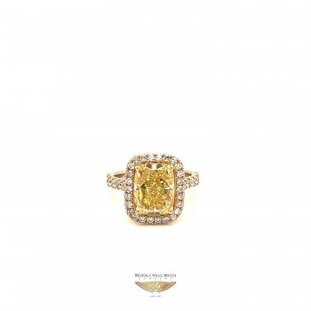 Radiant Cut 4.60ct Fancy Yellow Diamond GIA VV05UE - Beverly Hills Watch and Jewelry Company